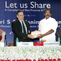 "The Minister of State (Revenue), Shri. S.S. Palanimanickam releasing a book of Income Tax Department's publication ""Let Us Share"", a compilation of best practices and orders, in New Delhi on February 04, 2009. The Secretary, Revenue, Shri P.V. Bhide is also seen"