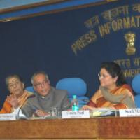 The Union Finance Minister, Shri Pranab Mukherjee addressing a press conference regarding the issues concerning black money, in New Delhi on January 25, 2011.  The Union Minister for Information and Broadcasting, Smt. Ambika Soni, the Secretary, Deptt. of Revenue, Ministry of Finance, Shri Sunil Mitra, the Principal Director General (M&C), Press Information Bureau, Smt. Neelam Kapur and the Advisor to Finance Minister, Ms. Omita Paul are also seen